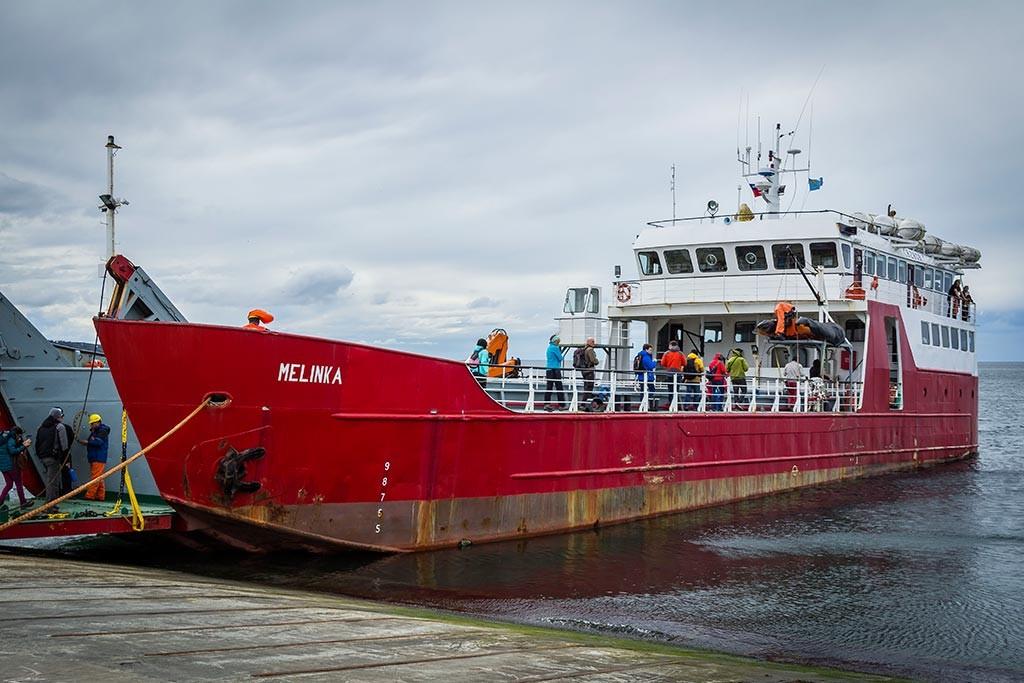 Passeio na Isla Magdalena - Barco Melinka, nosso transporte de Punta Arenas até a ilha.