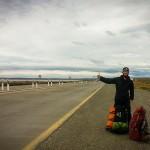 Caminho Puerto Natales para El Calafate - Diego pedindo carona