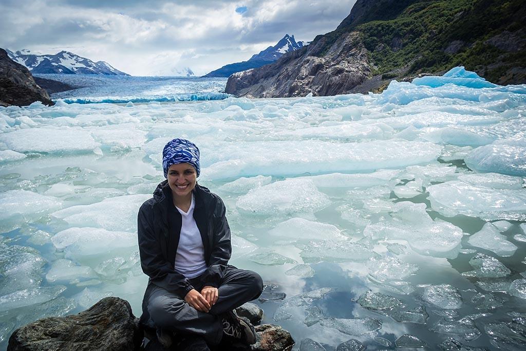 Torres del Paine - Grey para Paine Grande - Bruna no Lago Grey