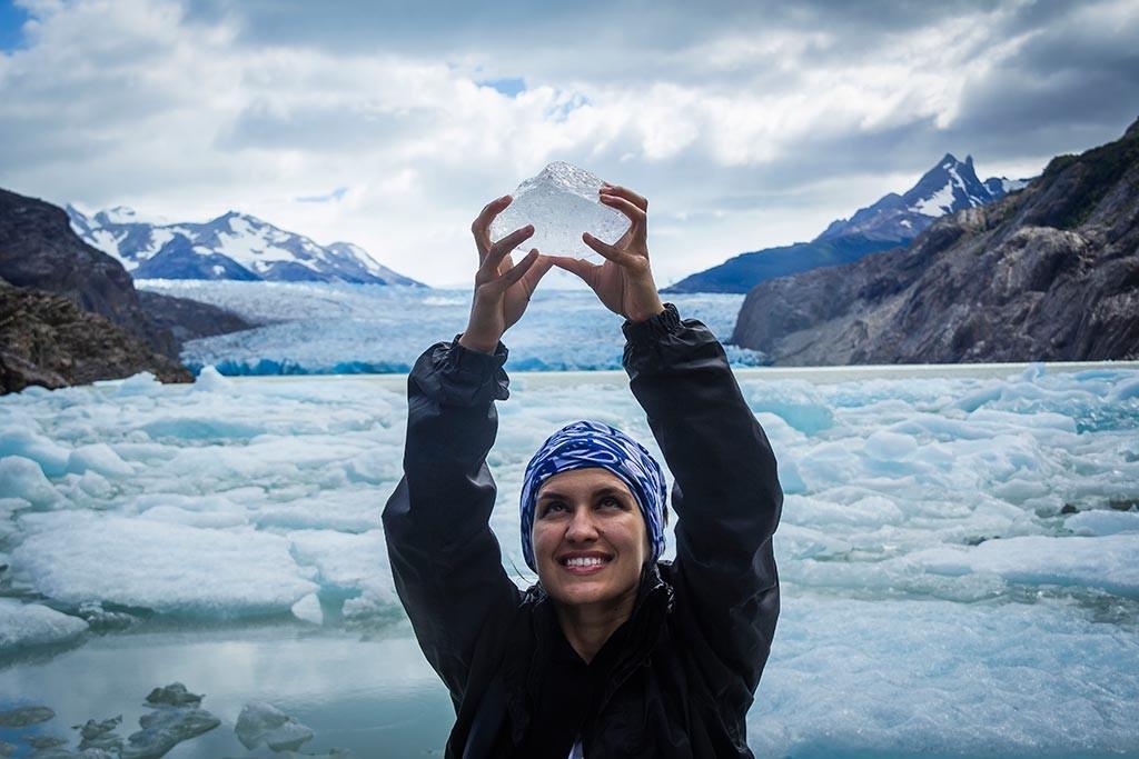 Torres del Paine - Grey para Paine Grande - Bruna no Lago Grey 2
