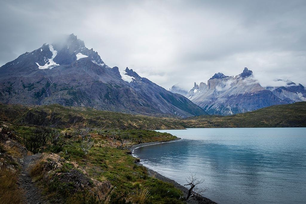 Torres del Paine - Trilha Carretas para Paine Grande - Lago Pehoé com Paine Grande e Cuernos ao fundo 2