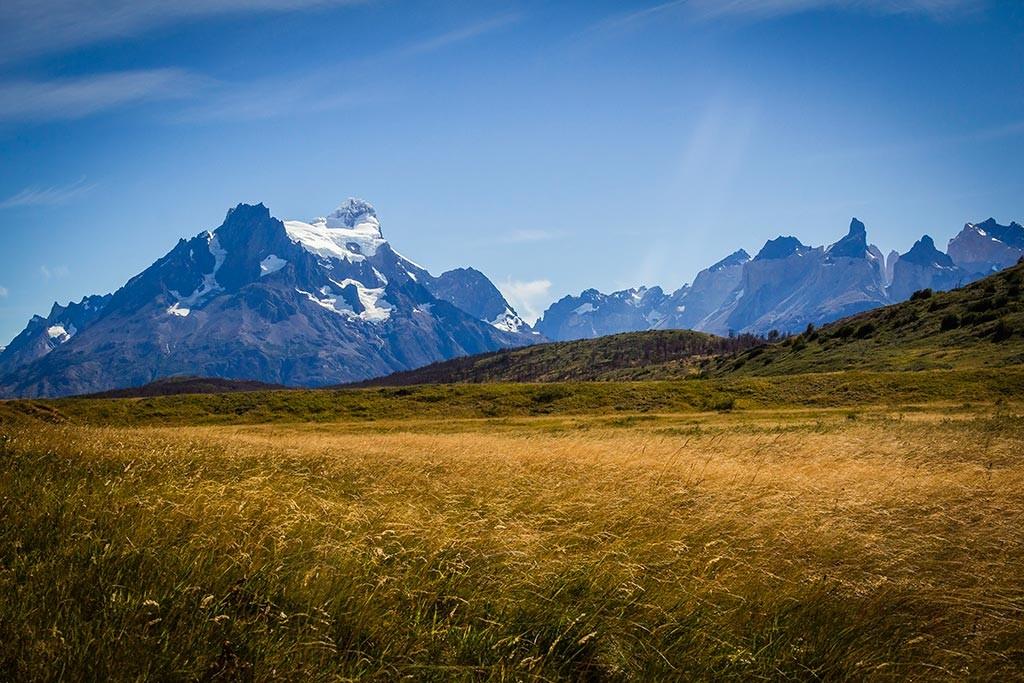 Torres del Paine - Trilha Las Carretas para Administração - Vista Paine Grande e Cuernos