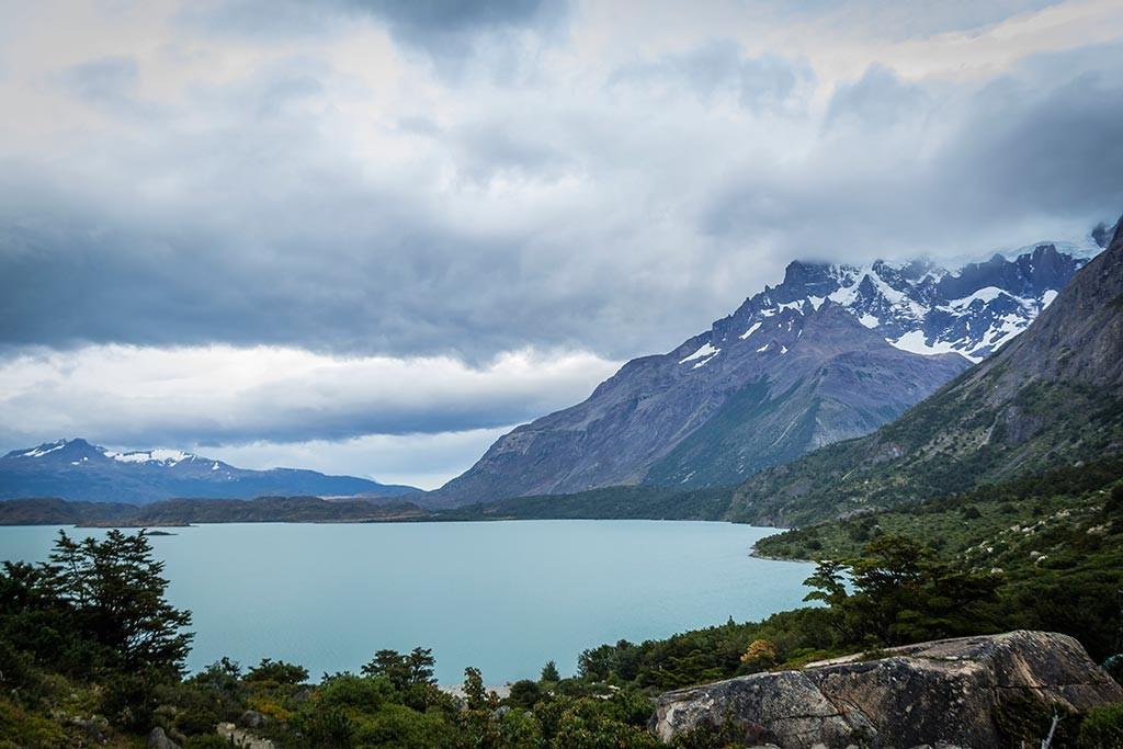 Torres del Paine - Trilha Los Cuernos para Chileno - Vista para o lago 2