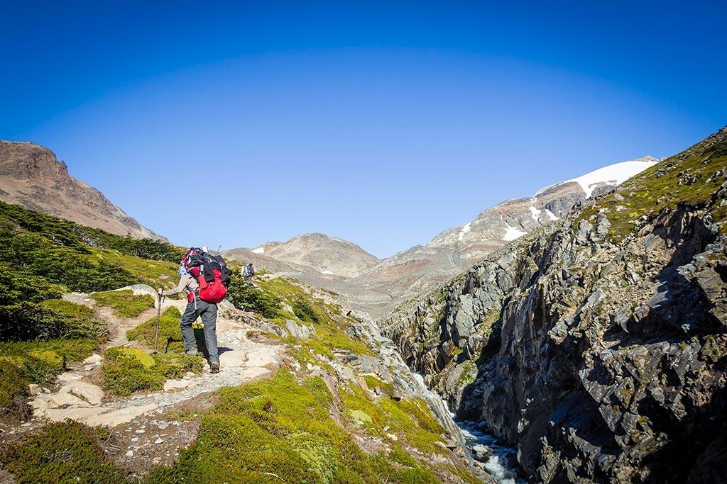 Torres del Paine - Trilha Perros para Paso - Vista para o o final da montanha