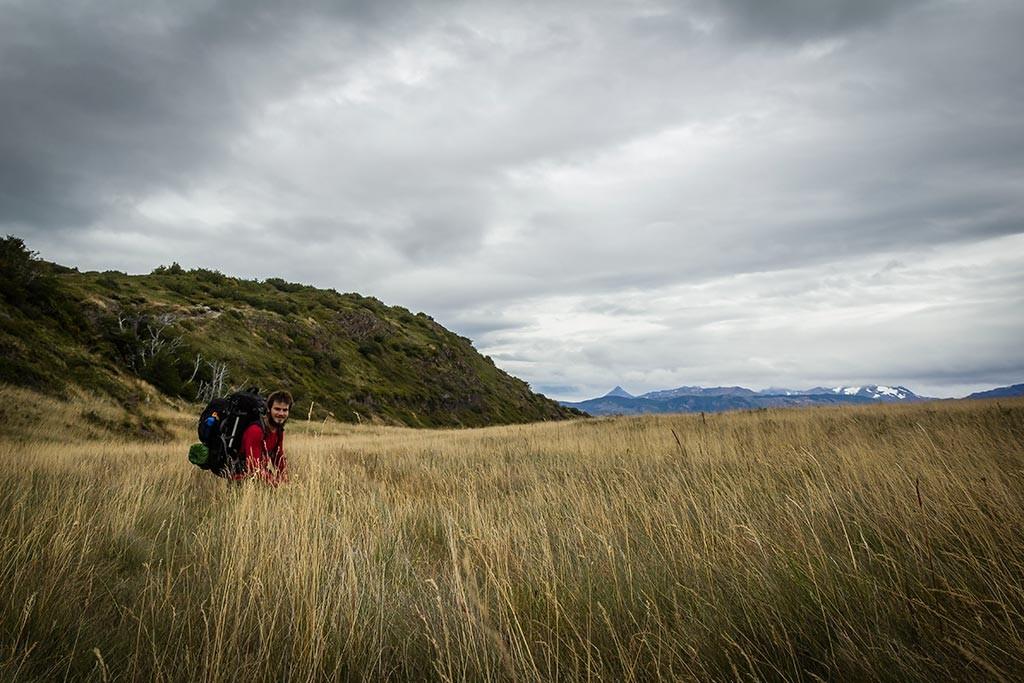 Torres del Paine - Trilha Sede Administrativa para Carretas - Diego descansando