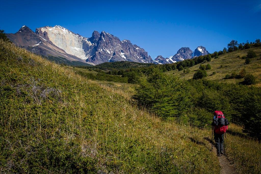Torres del Paine - Trilha Serón para Dickson - Vista para os montes 6