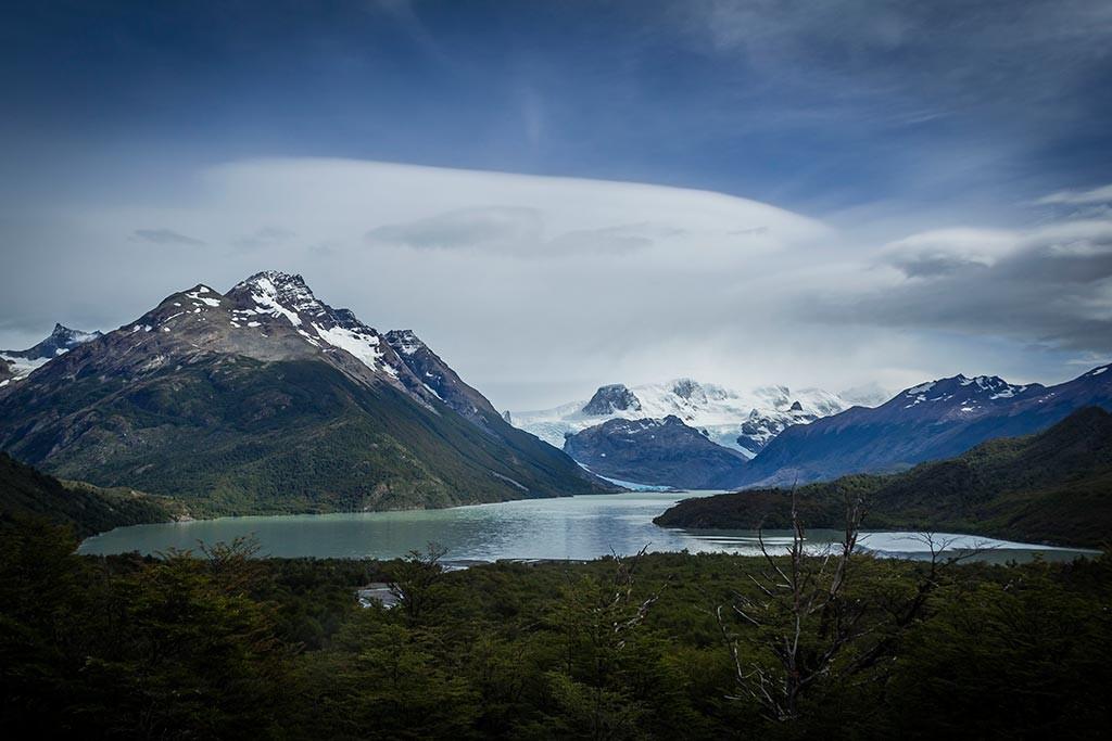Torres del Paine - Vista para o Lago Dickson com glaciar ao fundo 3