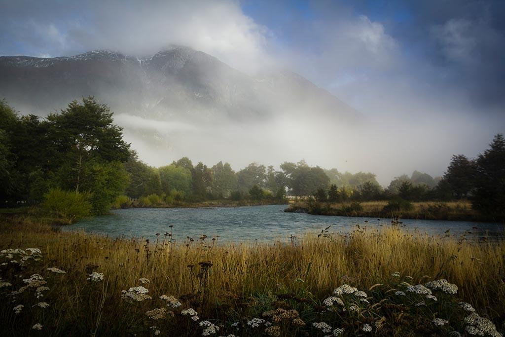 Carretera Austral - Fazenda de Floriano e Alicia - Rio Barrancoso e a neblina pela manhã