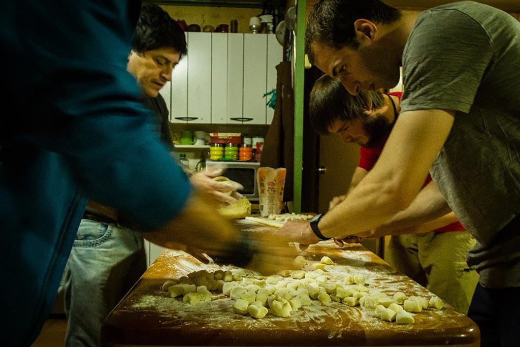 Coyhaique - Fazendo os nhoques