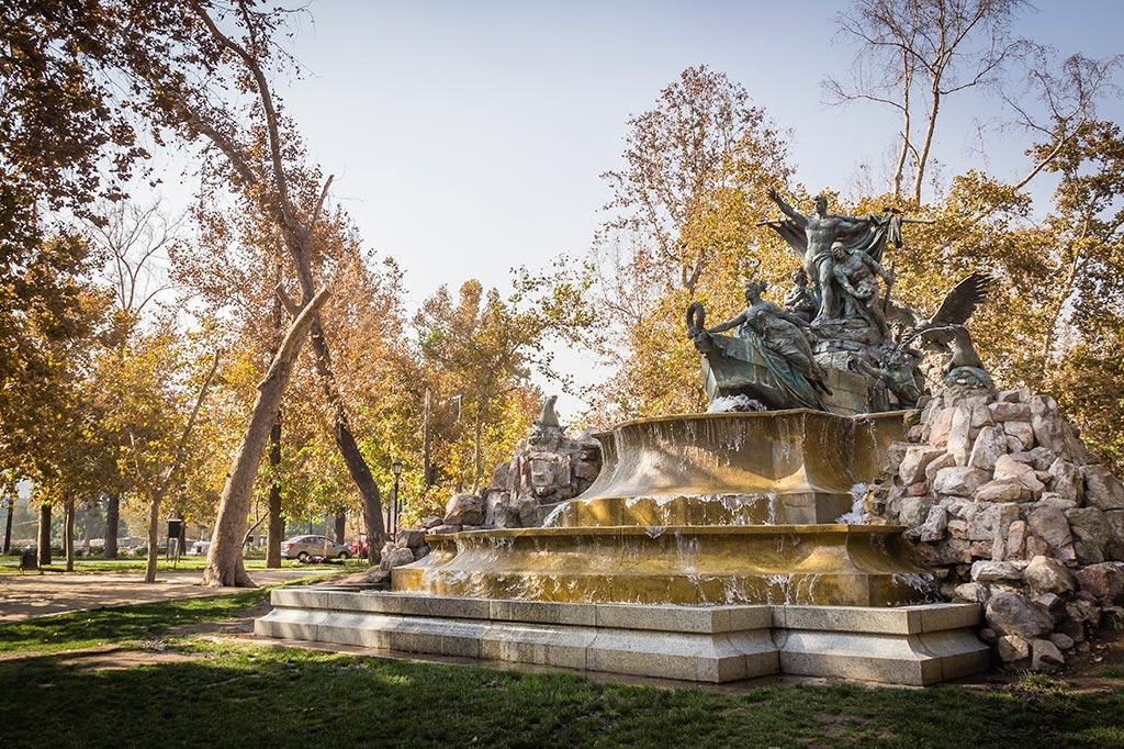 Santiago - Fonte no parque