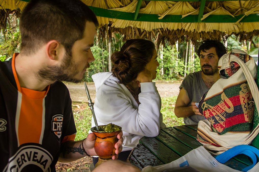 Couchsurfing Jaraguá - Parque Malwee - Chimarrão - Diego, Loraine e Manuel