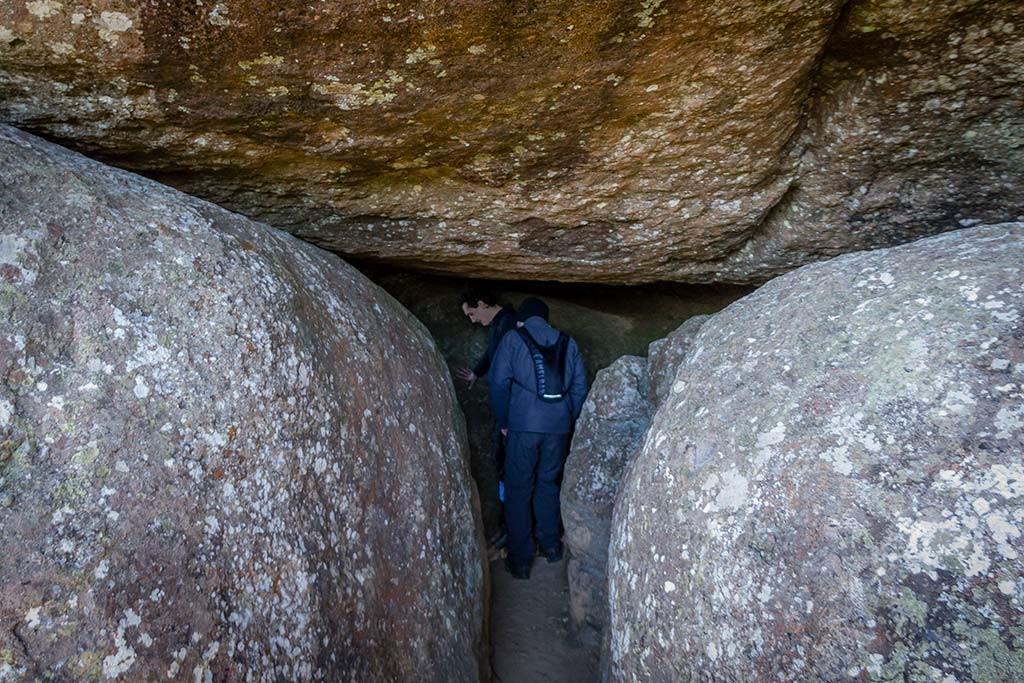 Trekking Castelo dos Bugres - Caverna