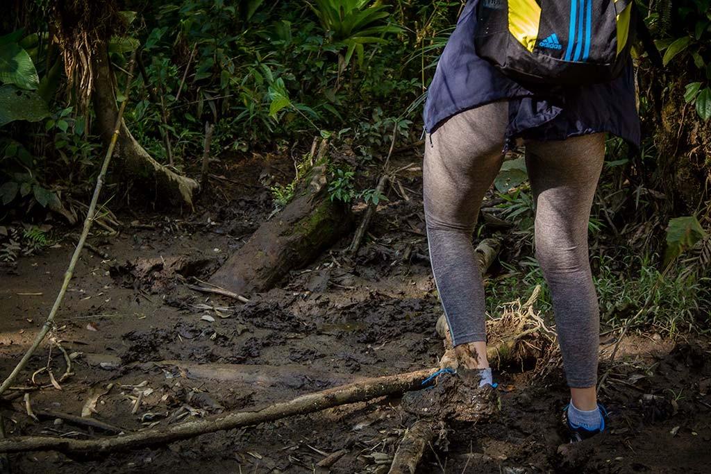 Trekking Castelo dos Bugres - Trecho com lama