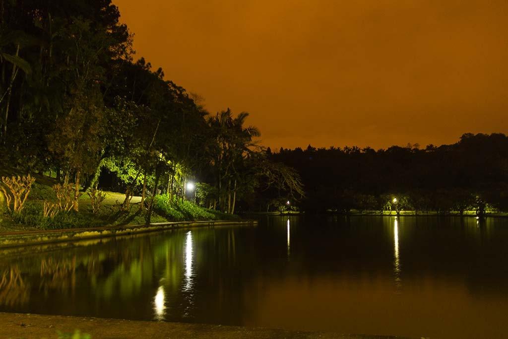 Pedal de treino - Parque Malwee - Jaraguá do Sul - Lagoa e céu