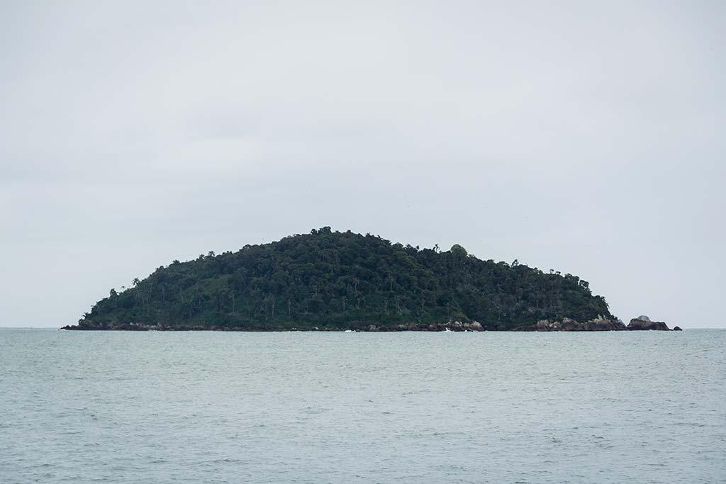 Cicloturismo litoral norte de SC - Dia 1 - Ilha Feia