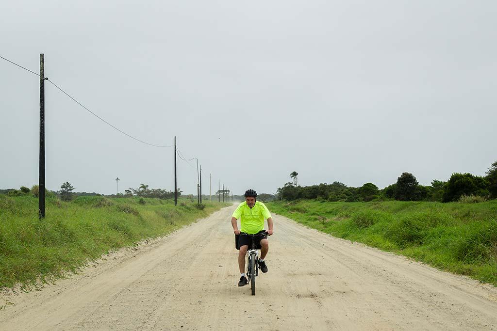 Cicloturismo litoral norte de SC - Dia 1 - Meu pai na estrada