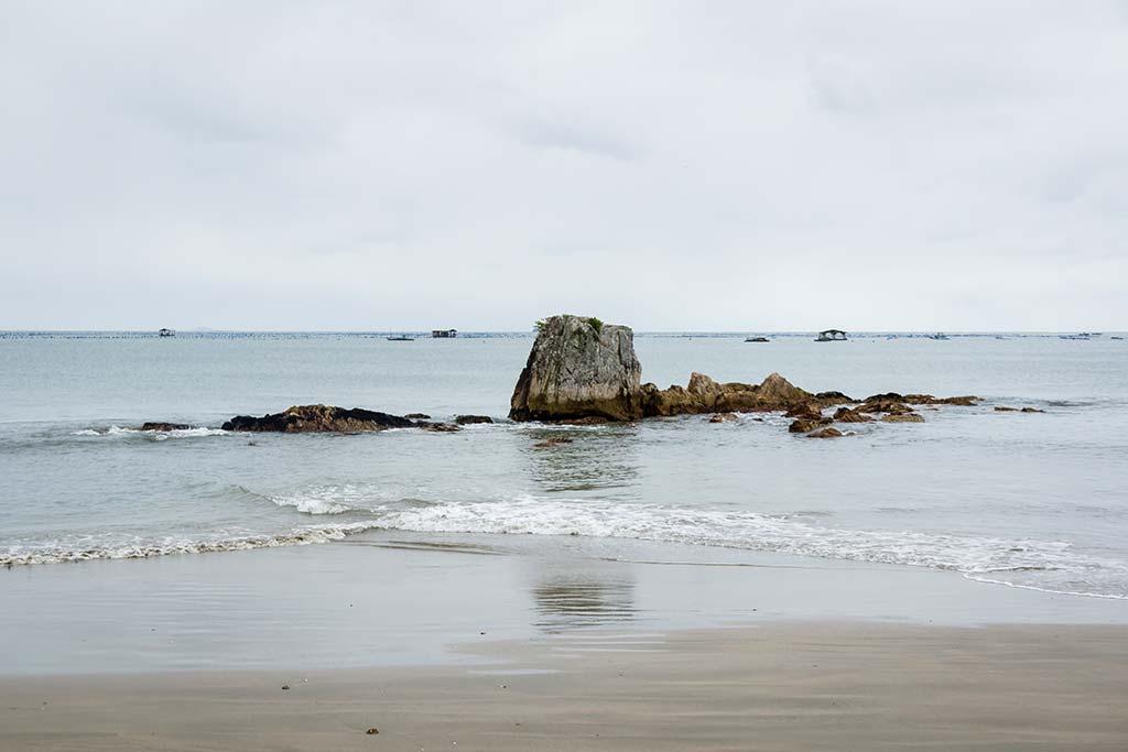 Cicloturismo litoral norte de SC - Dia 1 - Pedras Praia de Armação