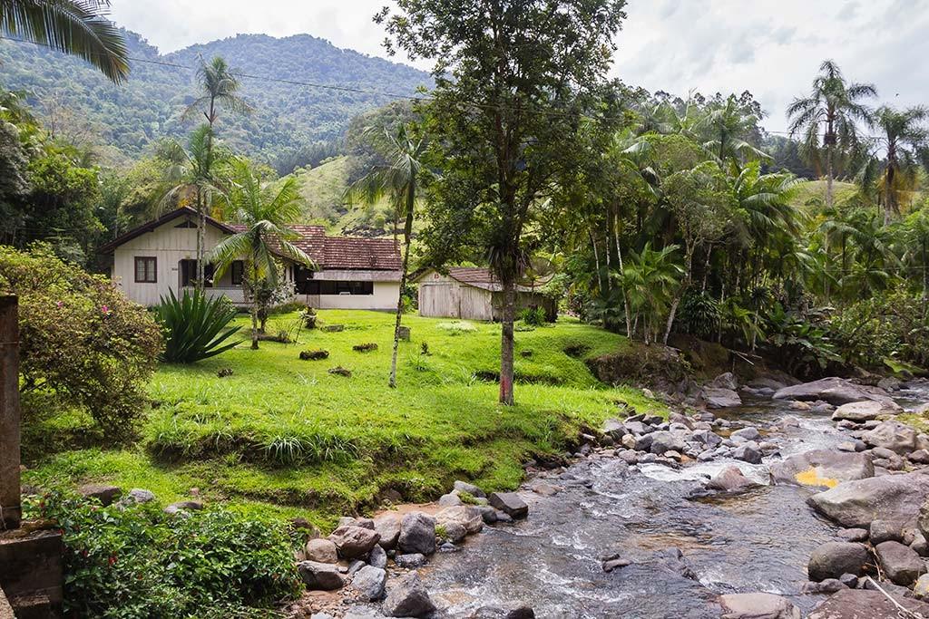 Circuito Vale Europeu - Dia 2 - Rio dos Cedros - Casa na beira do rio