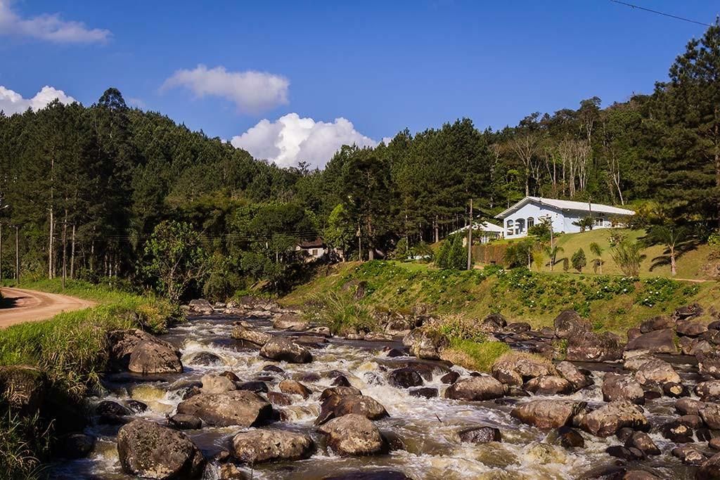 Circuito Vale Europeu - Dia 2 - Rio dos Cedros - Casa na beira do rio 2