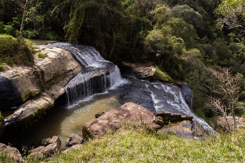 Circuito Vale Europeu - Dia 3 - Rio dos Cedros - Cachoeira Gruta do Índio vista de cima
