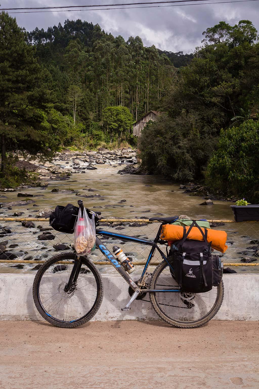 Circuito Vale Europeu - Dia 4 - Doutor Pedrinho - Ponte Rio Benedito e a bike