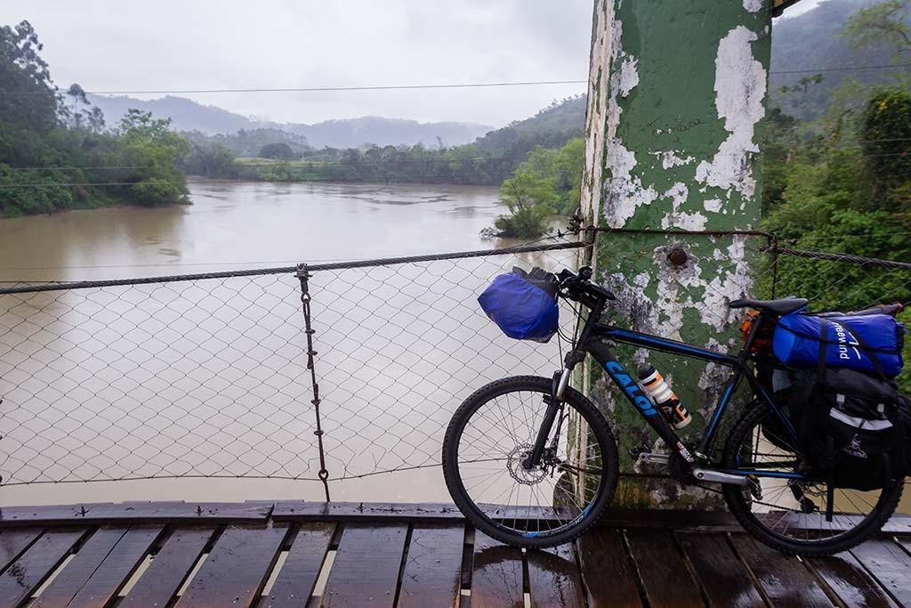 Circuito Vale Europeu - Dia 5 - Ascurra - Bike na Ponte Pênsil Rio Itajaí-Açu
