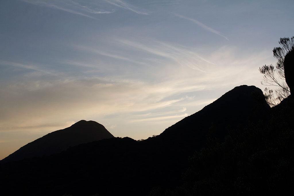 Dia nascendo - Trilha Pico Paraná 2
