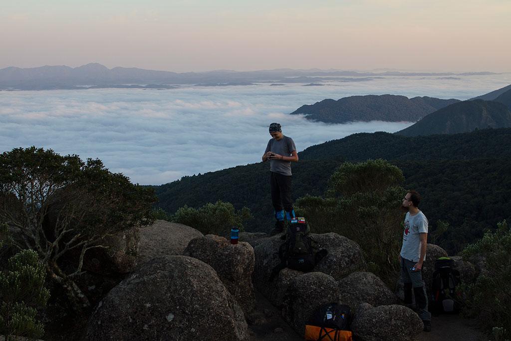 Dia nascendo - Trilha Pico Paraná 4