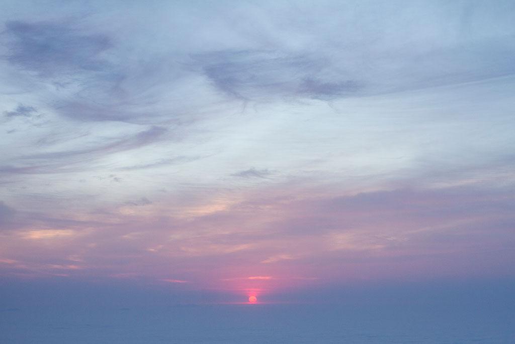 Sol nascendo - Cume Pico Paraná 3