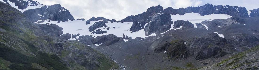 O tranquilo glaciar Martial